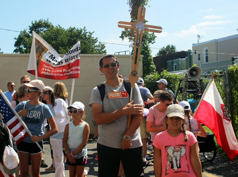 A number of area families participated in a 35-mile walking pilgrimage from St. Adalbert Church in Philadelphia to the National Shrine of Our Lady of Czestochowa in Doylestown, joining an estimated 3,000 fellow pilgrims for an Aug. 11 Mass.